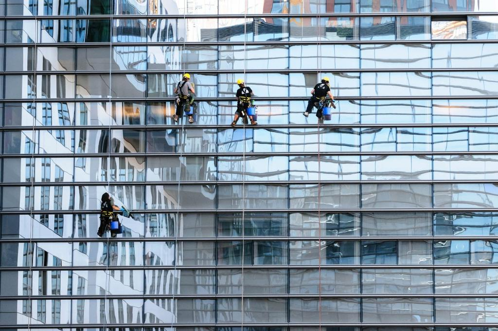 glass-facade-817732_1280